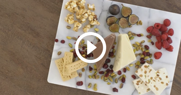 How to Make a Chocolate Charcuterie Board