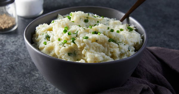 Slow-Cooker Garlic-Herb Mashed Cauliflower