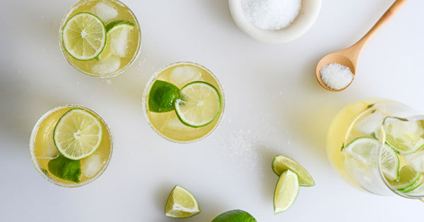 18 Delightful Brunch Cocktails That Aren't Mimosas
