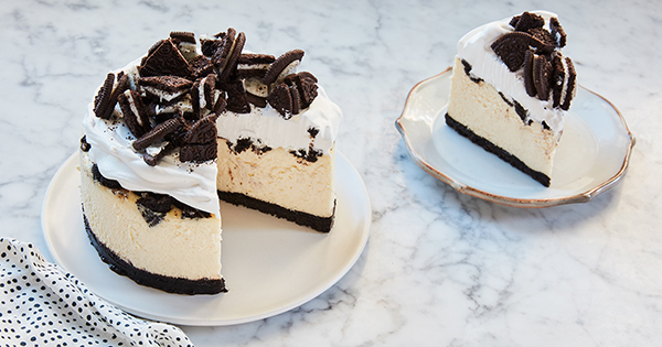 Slow-Cooker Oreo Cheesecake