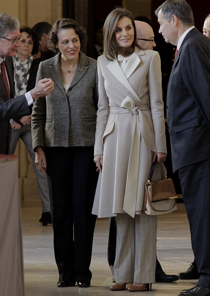 00299c320 We'd Do Anything to Get Our Hands on Queen Letizia's Gorgeous Coat