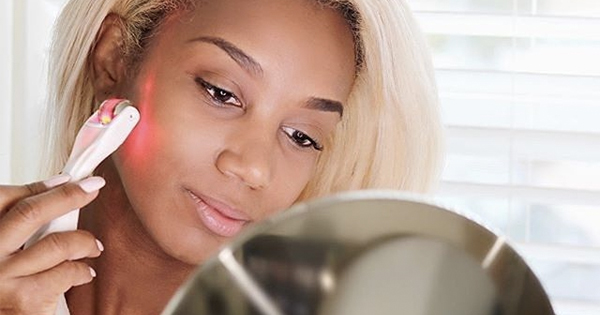 Microneedling at Home: How Does it Work, and What are the Benefits