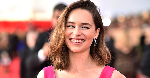 Emilia Clarke's Makeup Artist Has the Best Tip for Doing Eye Makeup in a Hurry