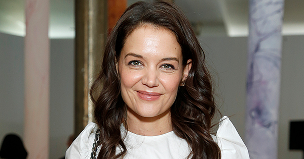 Katie Holmes Shares Snap of Herself Doing a Handstand in a Bikini and It's Seriously Impressive