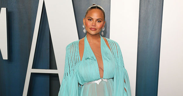 Chrissy Teigen Shares News of Pregnancy Loss in Brave and Heartbreaking Post