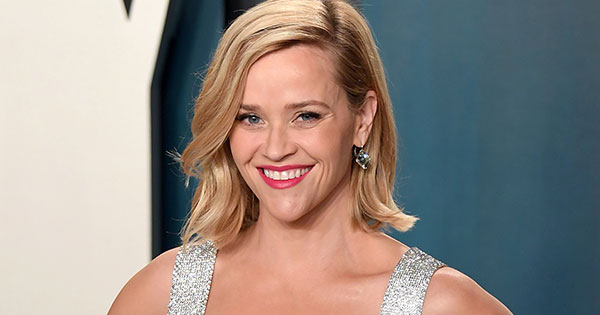 Watch Reese Witherspoon Taste Test 'Hot Hot' Chicken (It Does Not Got Well)